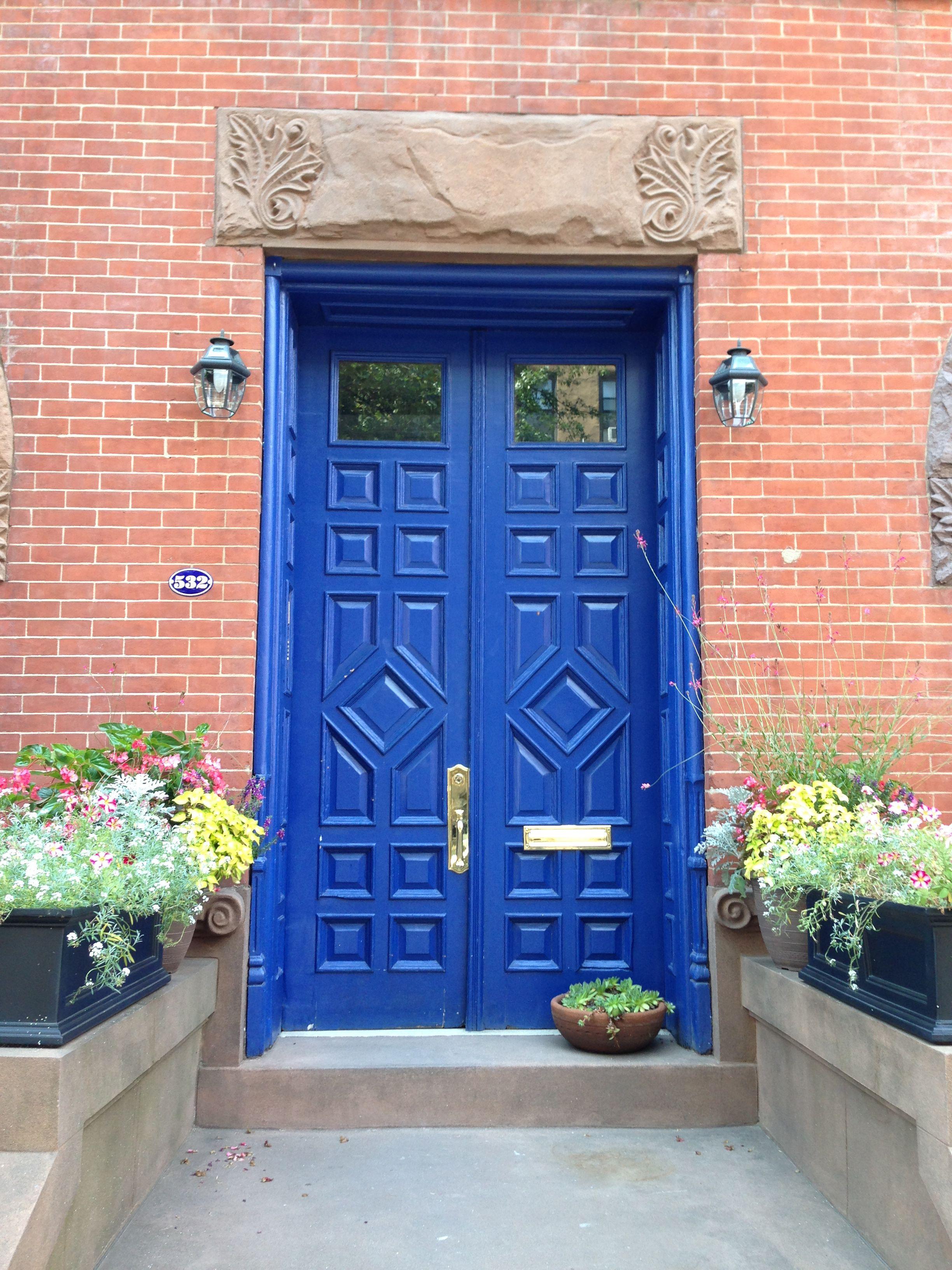 My house wednesday inspiration benjamin moore quot gentleman s gray - Brownstone Front Door Try Using Benjamin Moore Paddington Blue