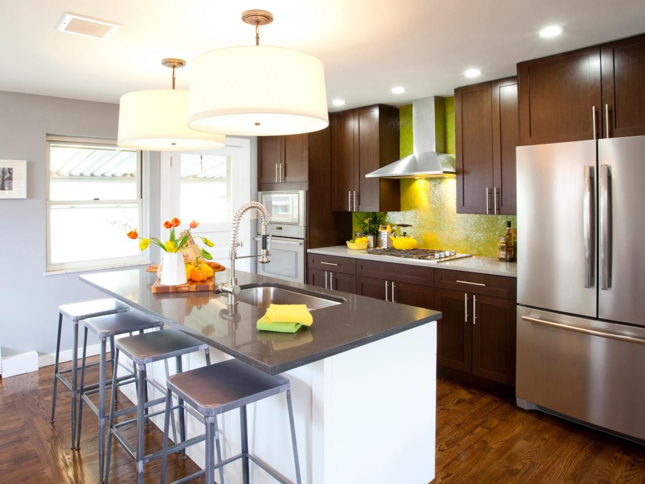 Best Kitchen Countertop Pictures: Color & Material Ideas