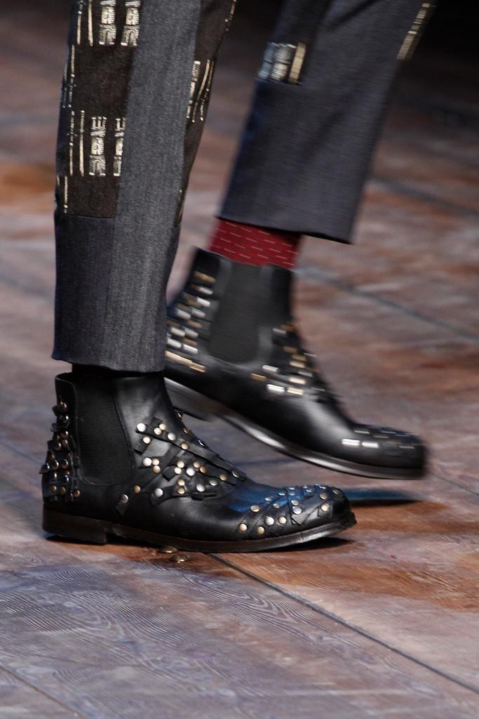 Dolce & Gabbana Fall 2014 Menswear - Details - Gallery - Style.com