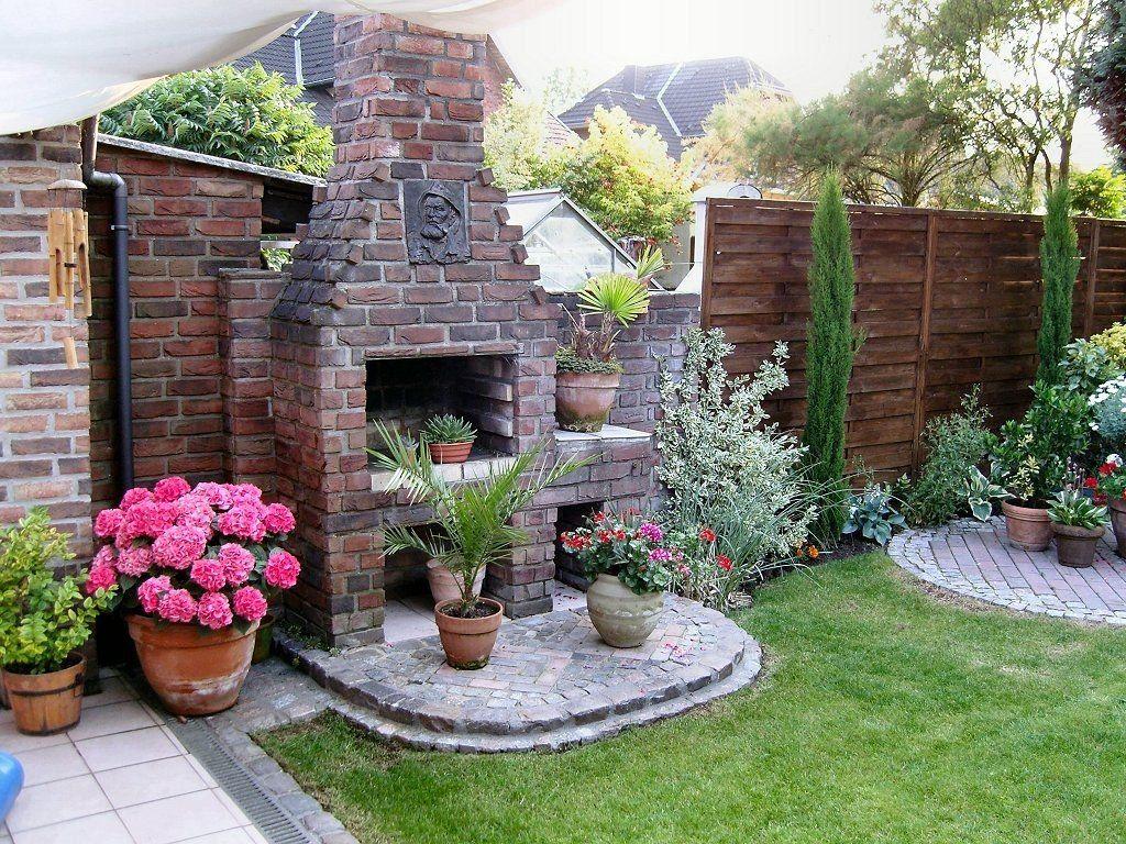 Mein Kleiner Mediterraner Garten Bilder Und Fotos In Bezug Auf Mediterrane Sitzecke Im Garten Fur Ultimati Mediterranean Garden Garden Decor Fireplace Garden
