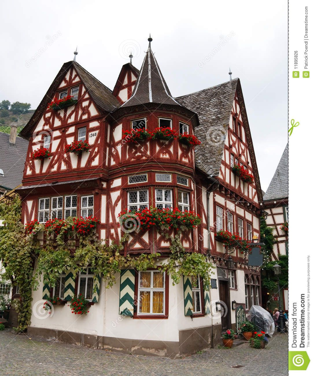Altes Haus Old House In Bacharach Germany Old House Haus House
