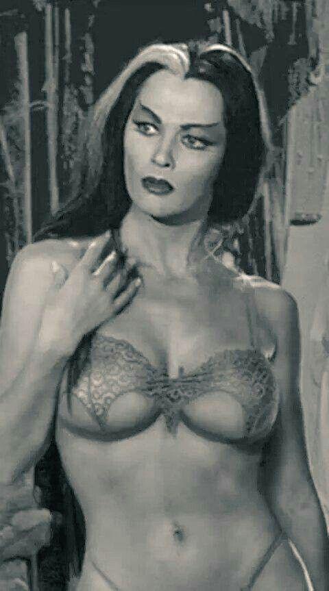 Yvonne hot boobs