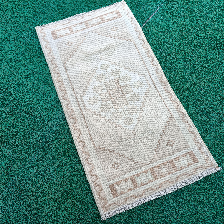 1 11 X 9 9 Ft Turkish Runner Rug Etsy Boho Handmade Rug Small Rugs Vintage Rugs