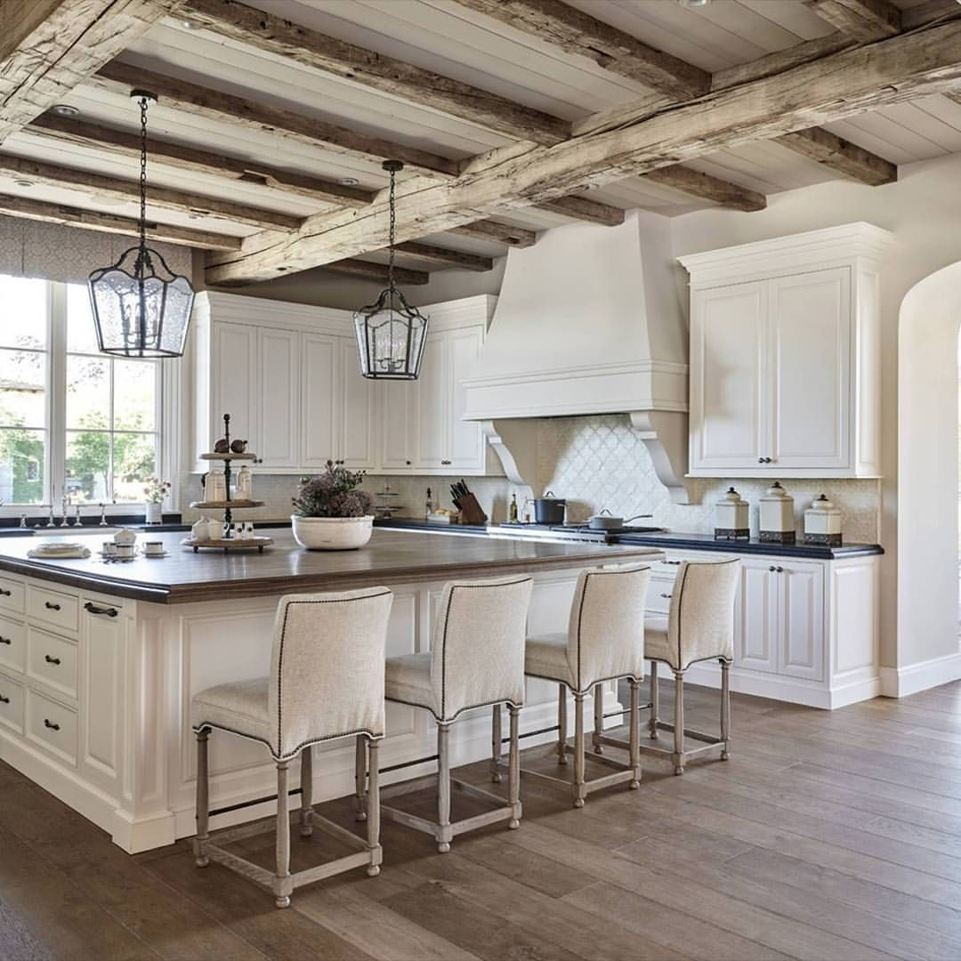 Rustic Hardwood Flooring Tips And Suggestion: One Of @houzz's Most Popular Kitchens Of 2016 Features