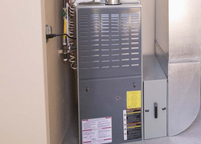 4 Ways To Fix A Noisy Furnace Locker Storage