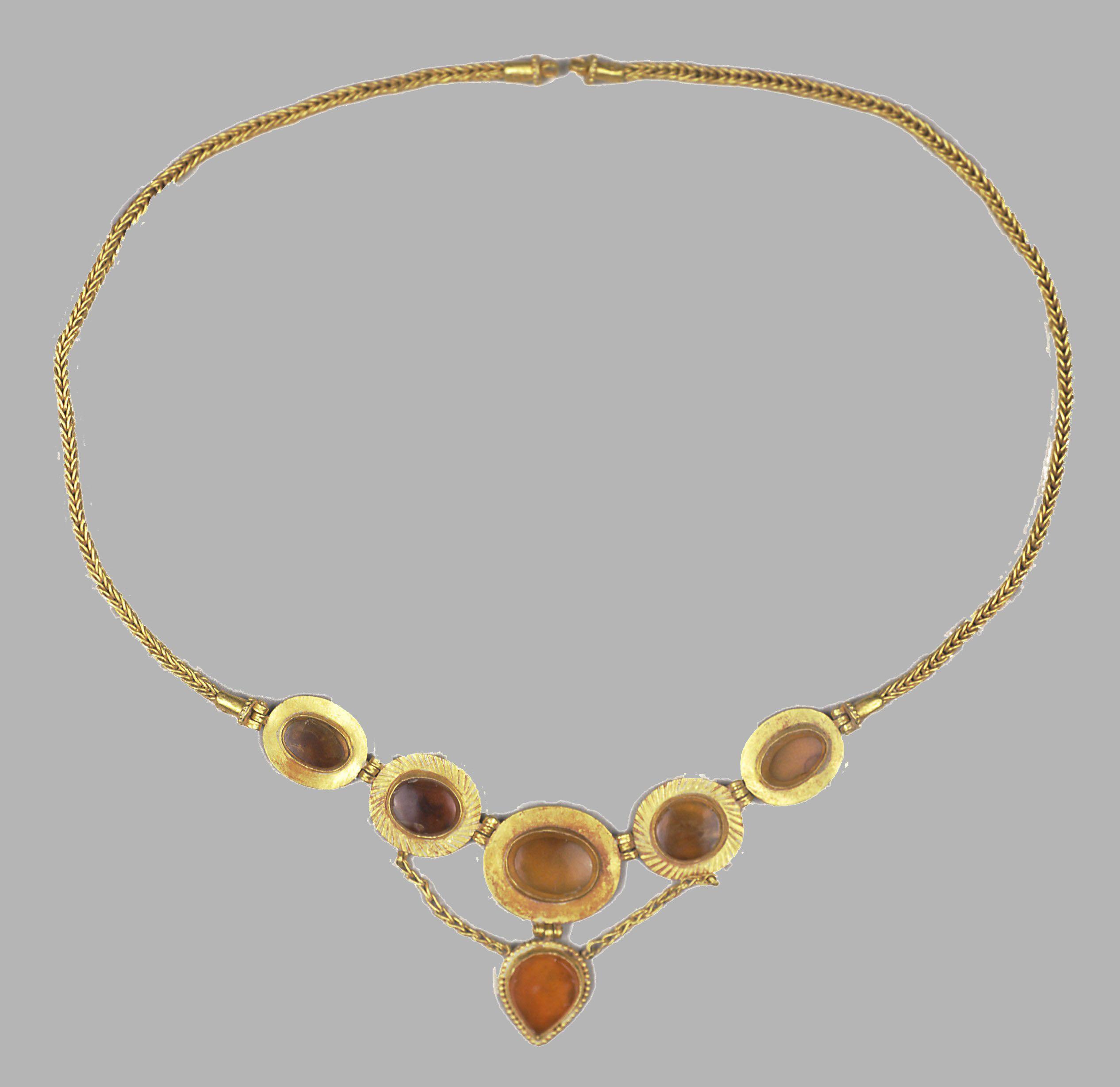f77a1d92f290 Necklace Sarmatian