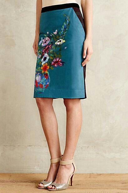 Detalle flores en falda