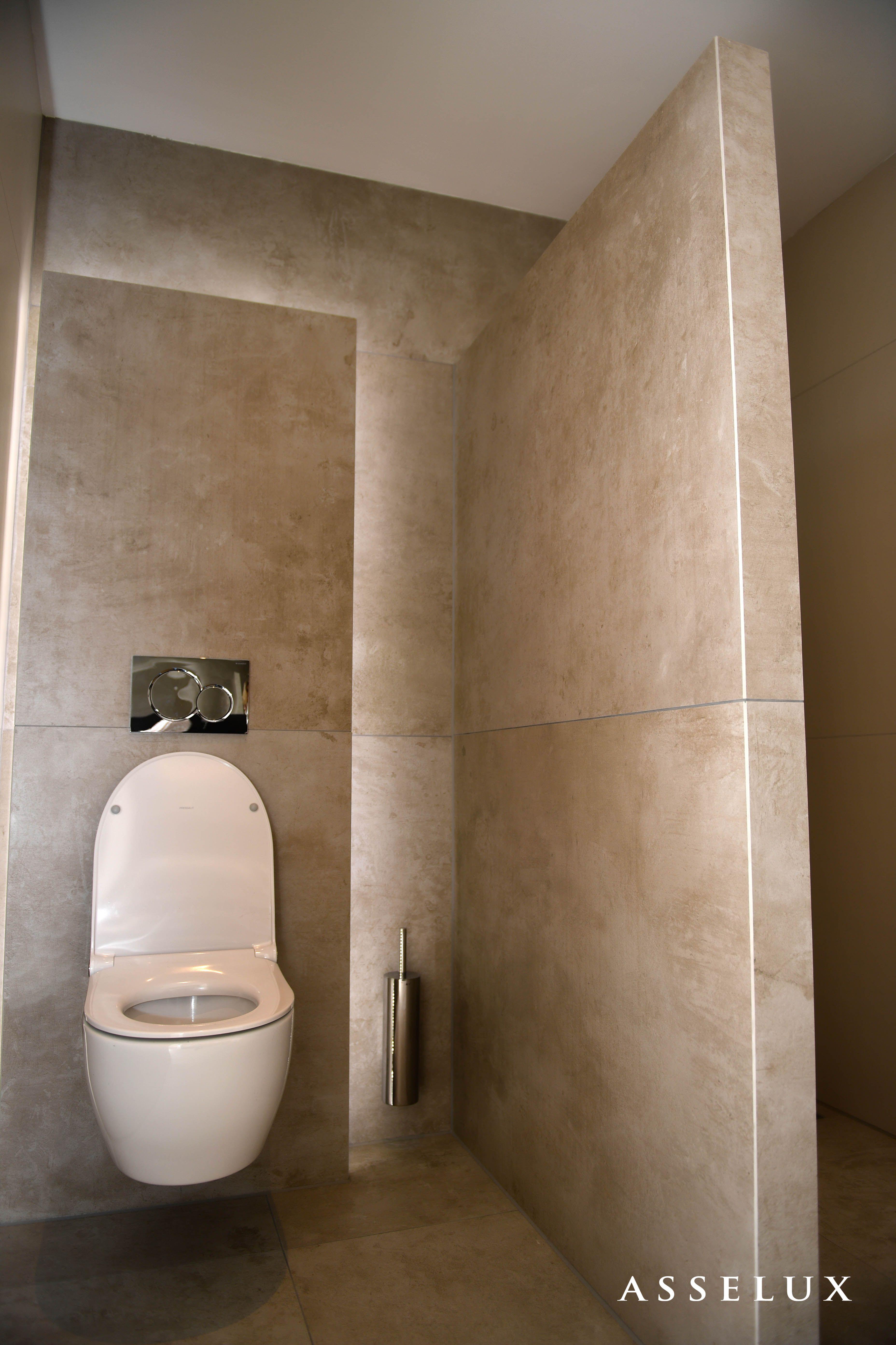 Asselux badkamer | Toilet voorzetwand met lichtrand | A S S E L U X ...