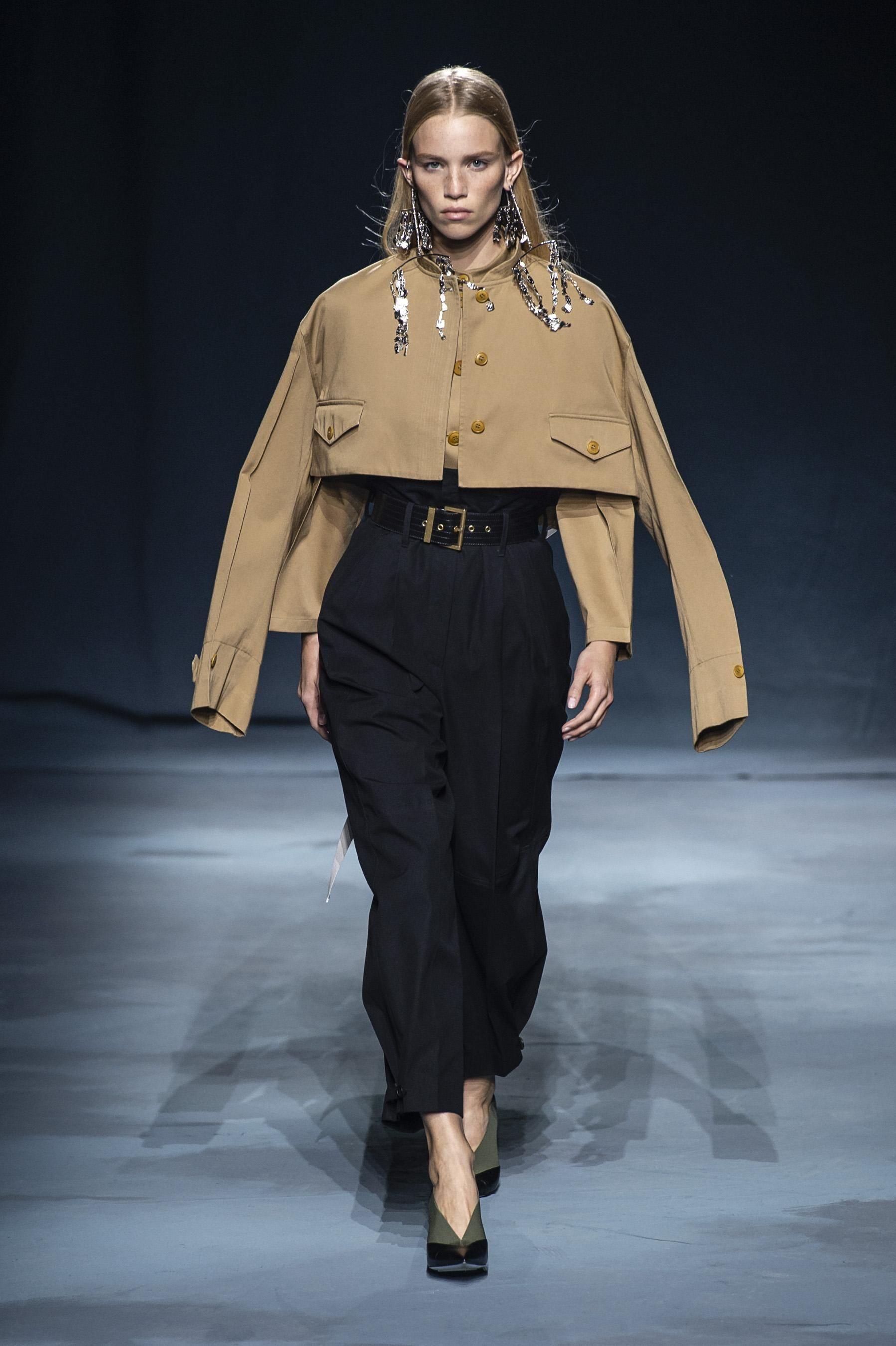 e3cf9c8013a Défilé Givenchy printemps-été 2019 Prêt-à-porter - Madame Figaro