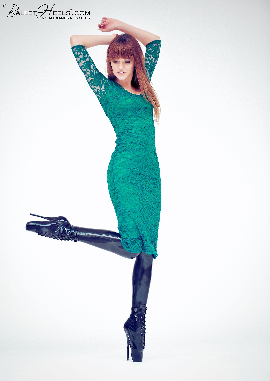 Ballet Boots Latex 116
