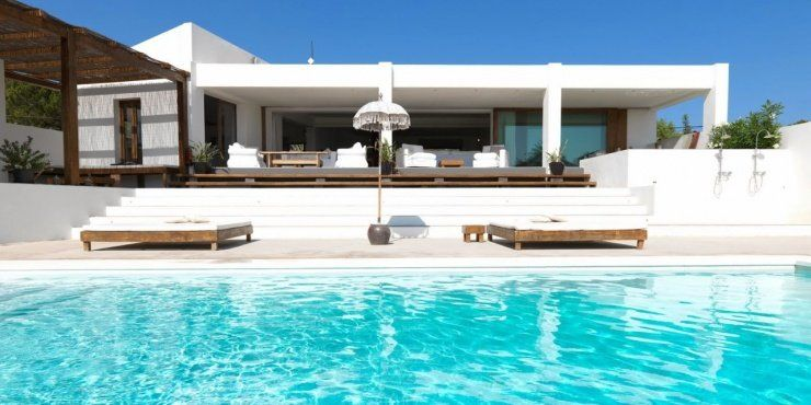 Browse All Can Ibiza Luxury Villa Rentals In 2020 Luxury Villa Rentals Luxury Villa Large Backyard