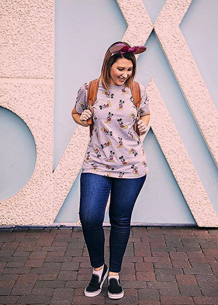 Photo of Disneyland Outfits: What to Wear to the Park – Lipgloss and Crayons