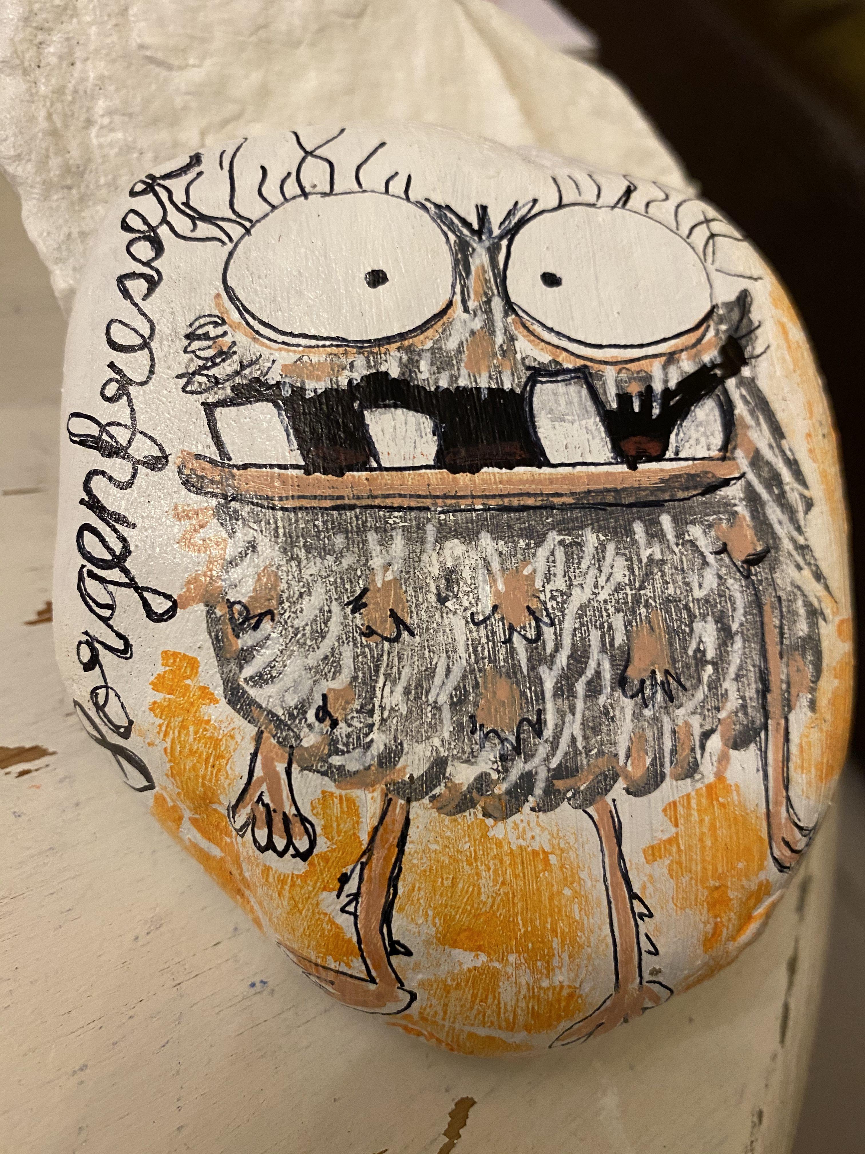 sorgenfresser rock painting  Steinkunst, Steine bemalen, Steine