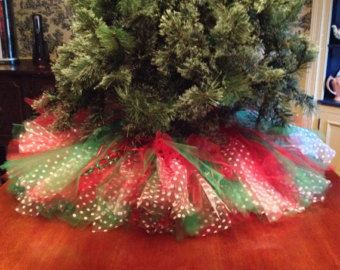 Red and Green Christmas Tree Skirt Tulle by Bowsbaublesandbeads