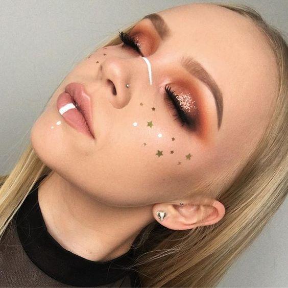62 Amazing Glitter Makeup-Ideen für Frauen , #amazing #frauen #glitter #ideen ...