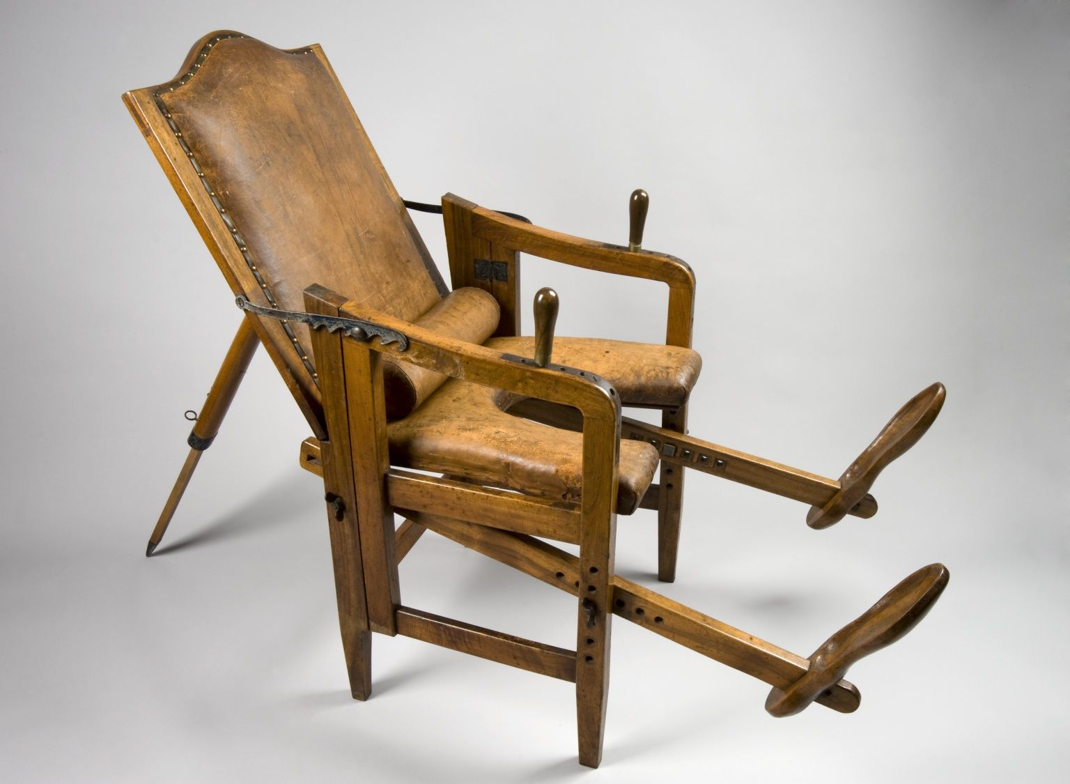 This adjustable chair let 18th-century women give birth in something  approaching comfort - This Adjustable Chair Let 18th-century Women Give Birth In Something