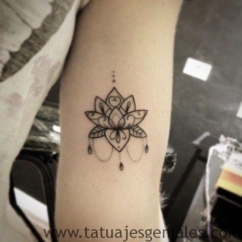 Significado y Diseños de Tatuajes de Flor de Loto tatuajes