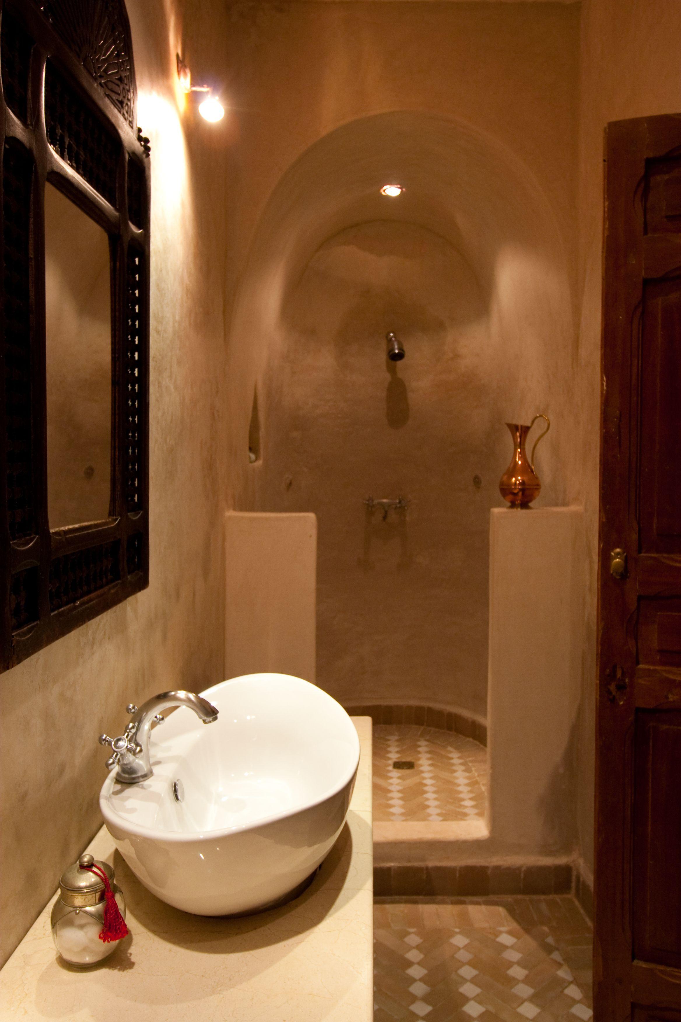 Salle De Bain Tadelakt Maroc | Carrelage Salle De Bain Style ...