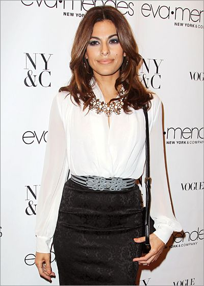Eva Mendes' pencil skirt  If you are interested in purchasing a gently used garment like this please visit our website.  www.occasionallyblackandwhite.com