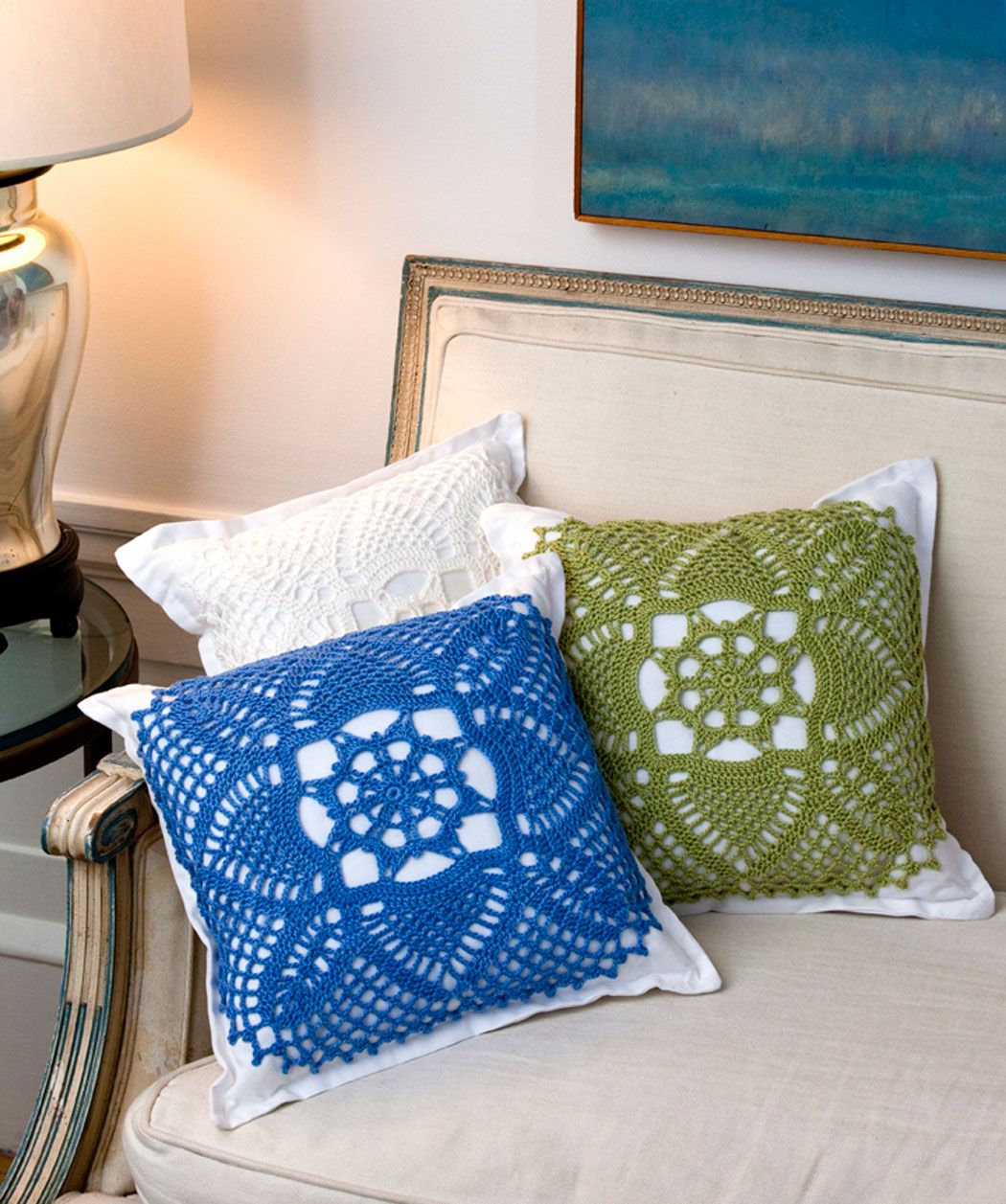 Pretty Pillows | red heart yarns free patterns | Pinterest | Polster ...