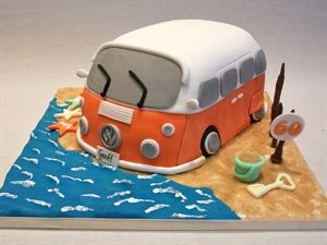 Campervan cake by Claremelia