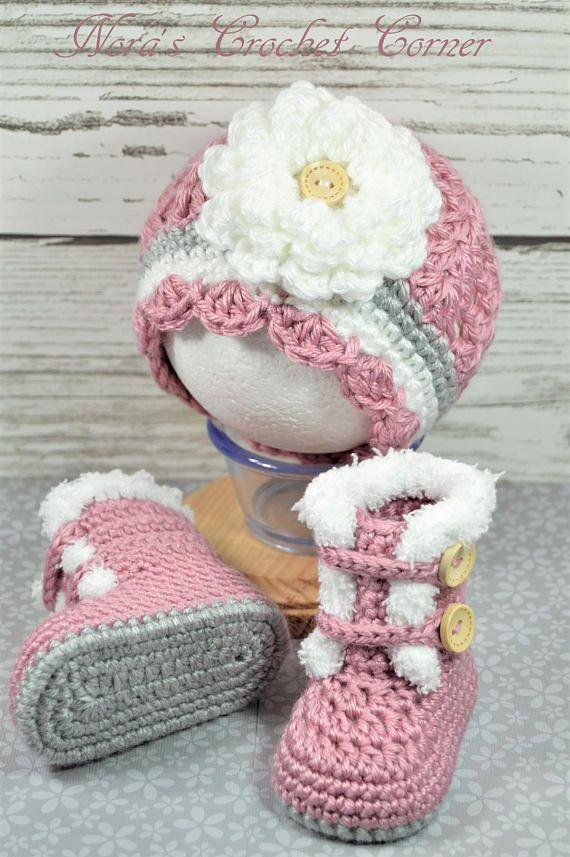 Photo of Baby Mädchen Stiefel, Hut mit Blume, Pelzbesatz, häkeln – #Baby #Blume #Häkel…