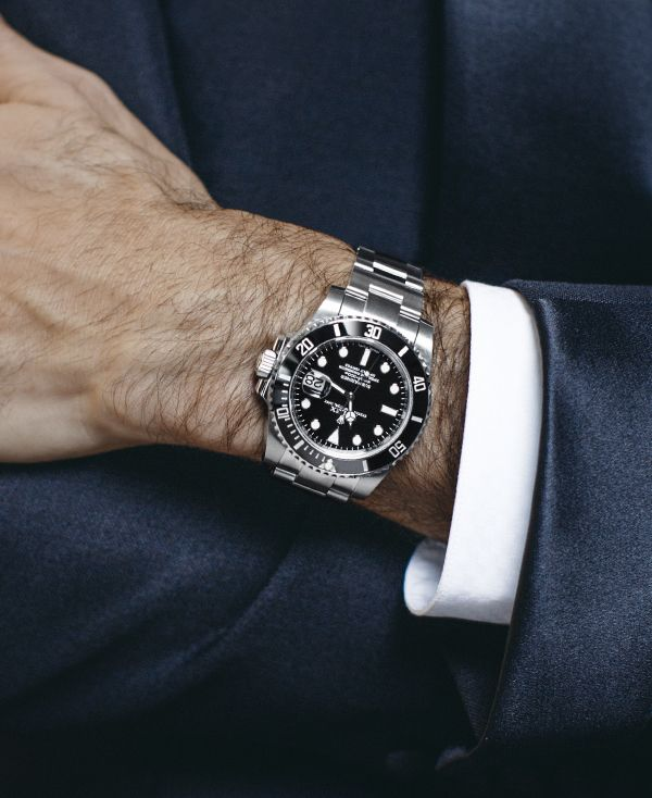 Roger Federer S Iconic Rolex Submariner Date Adds The