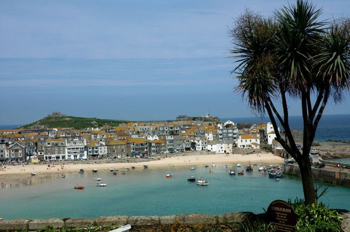 St Ives Harbour From The Malakoff St Ives Town Cornwall Beaches Holidays In Cornwall