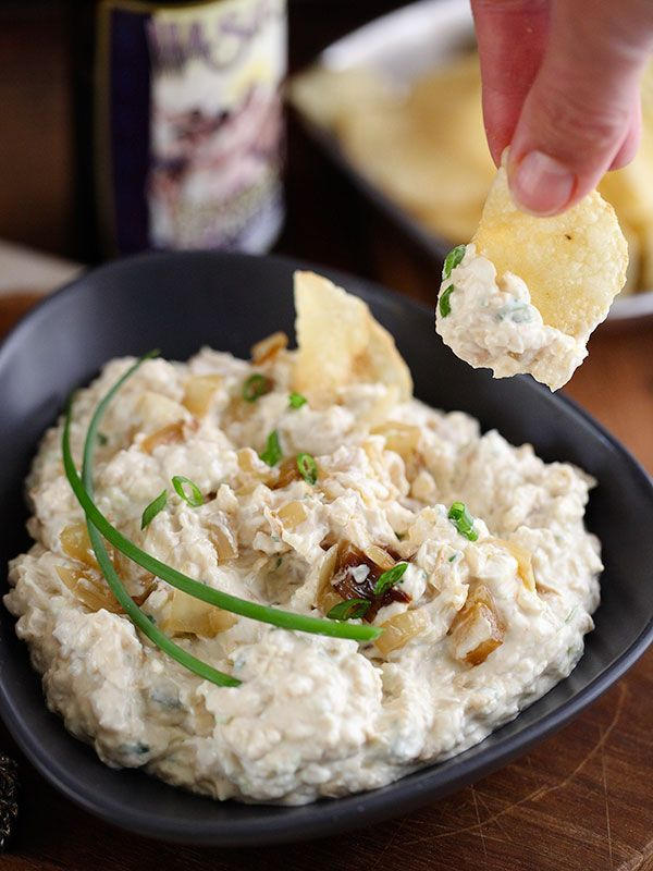 Porter Caramelized Onion Dip is such a great dip for easy entertaining | foodiecrush.com