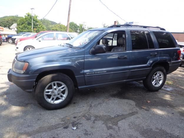 Check Out This 2003 Jeep Grand Cherokee Laredo Only 141k Miles