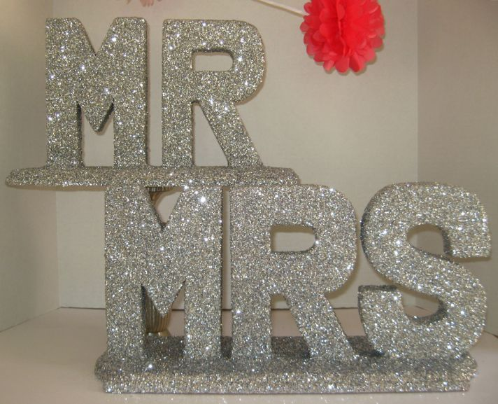 creative wedding ideas from Etsy Mr and Mrs decor sparkly silver sign
