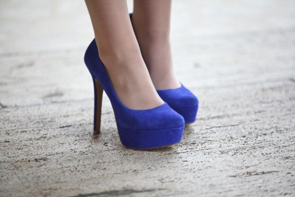 Jessica Simpson shoes on an editor at NYFW. Looking for some like these for the Founders Ball!