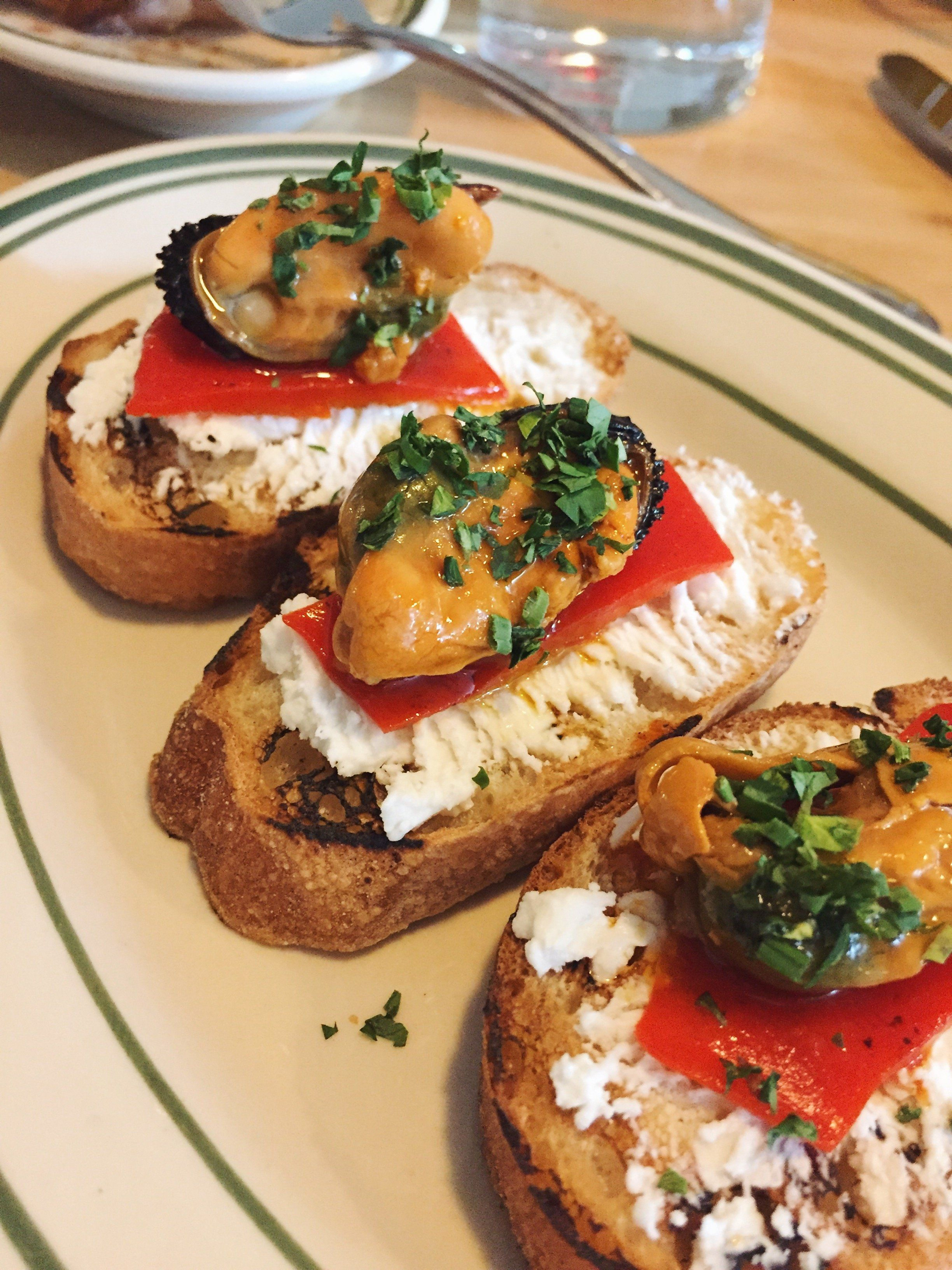 photo Spanish Tapas-Inspired Mussels