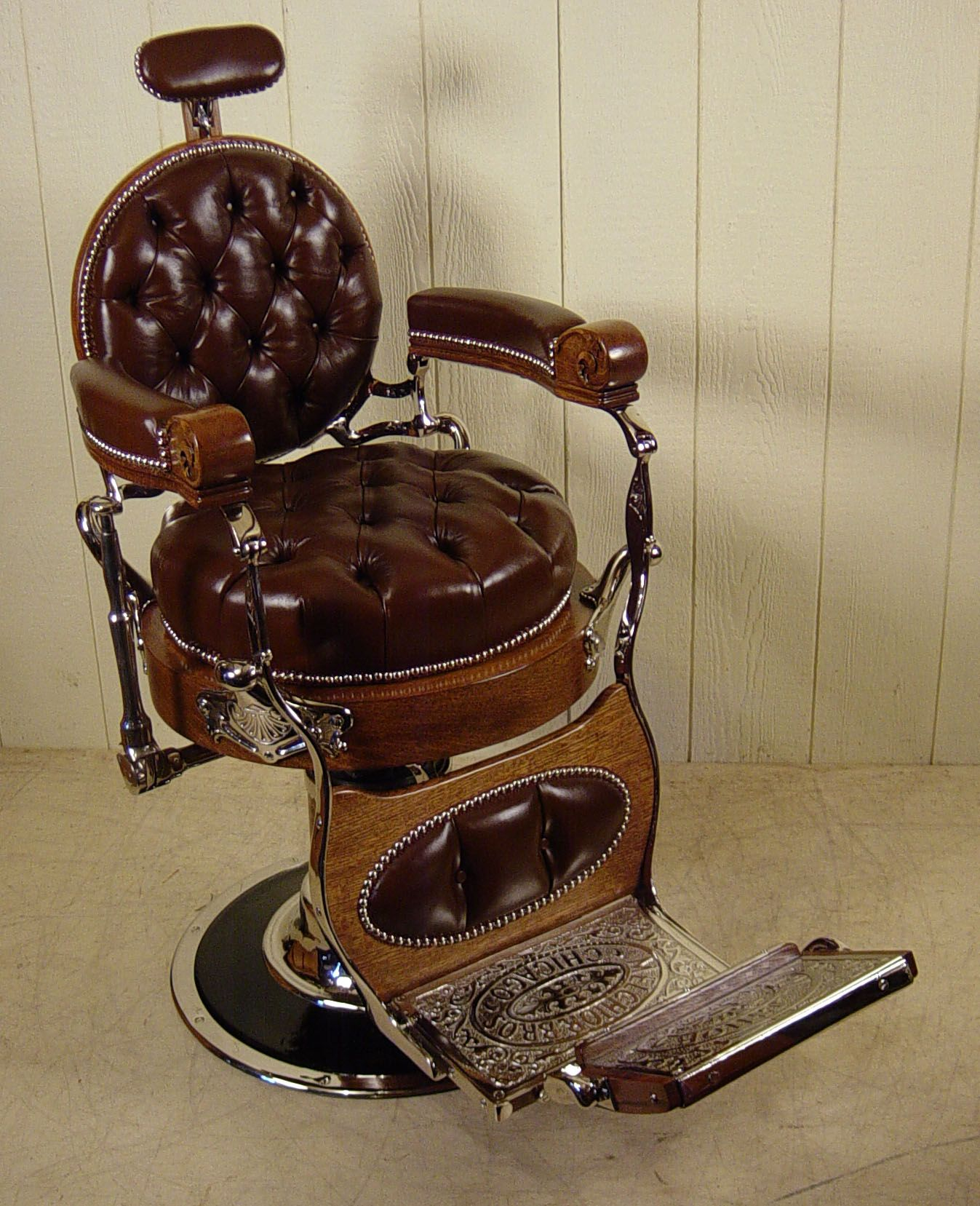 Melchior Bros Chicago Round Back Oak Barber Chair Barber Chair