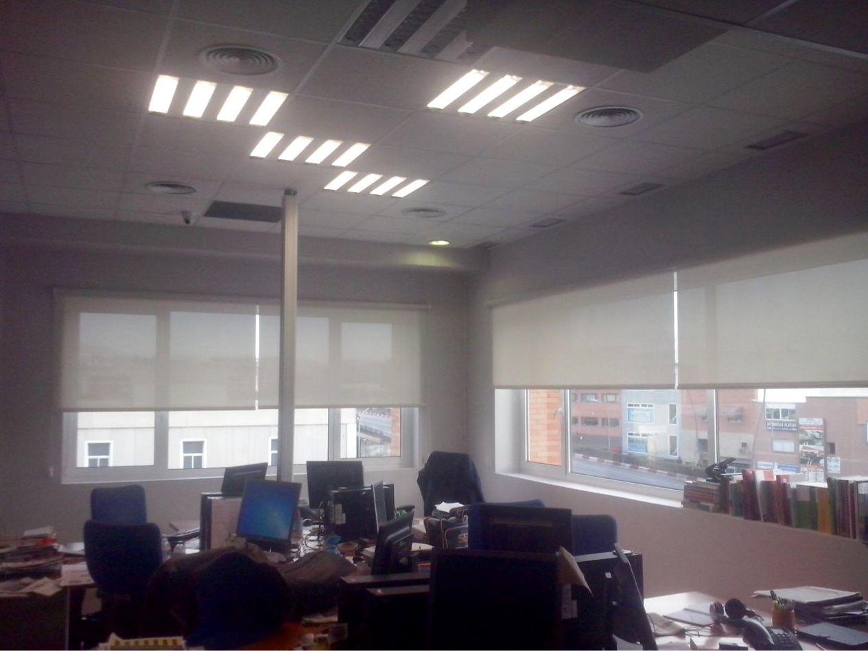 Interiorismo. Trabajo realizado a un importante periodico almeriense. www.toldosubeda.es