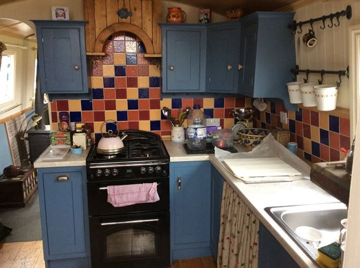 Pin by In Your Hands on Narrow boat design ideas   Kitchen ...