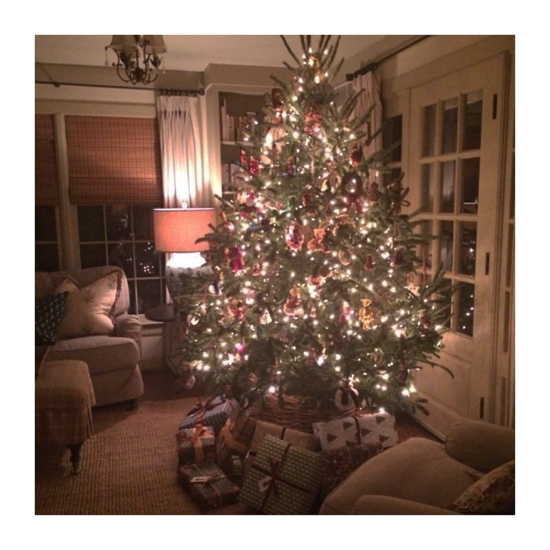 Listening to Jon Batiste\'s new Christmas album and it\'s ...