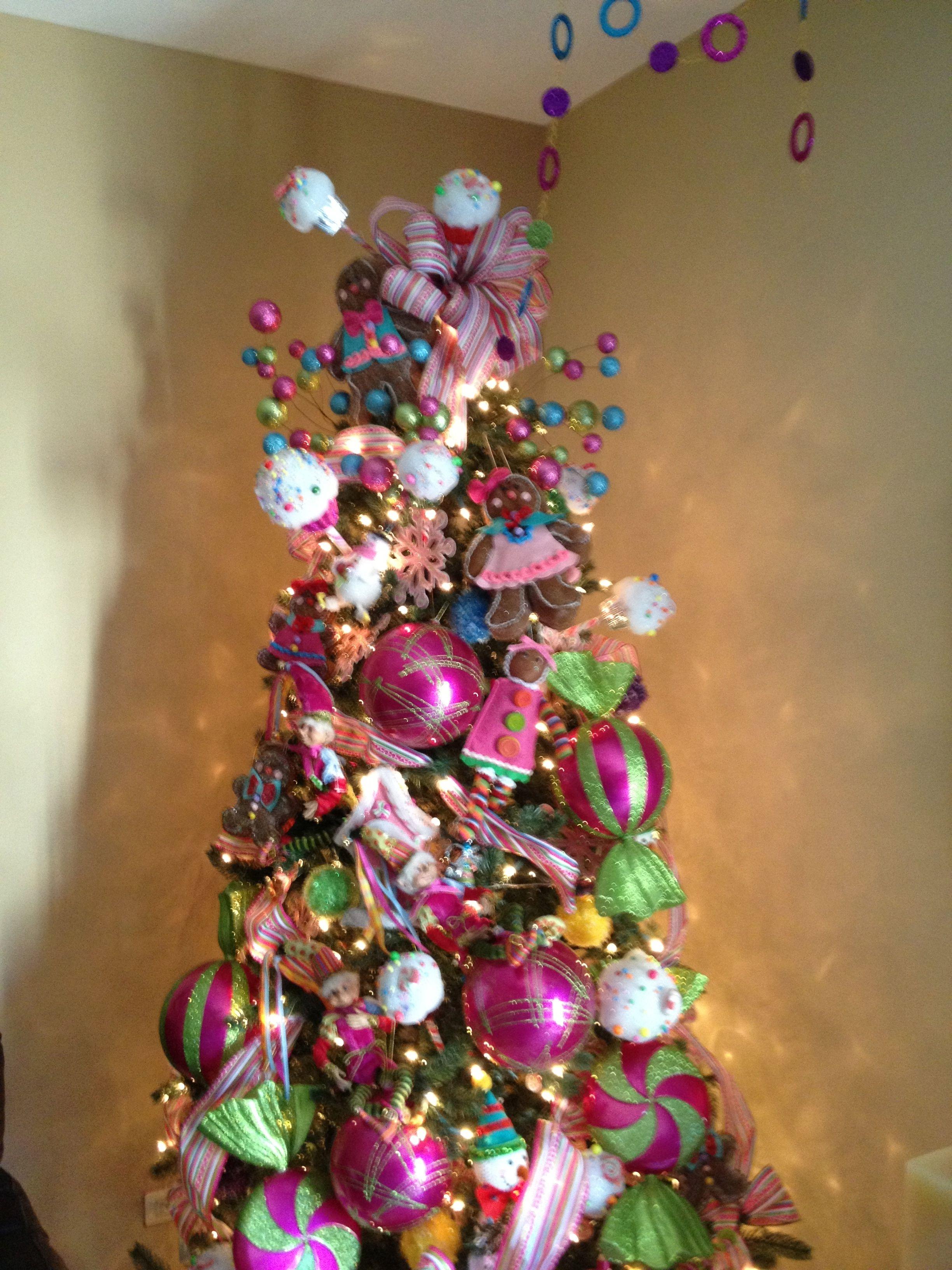 Mi rbol en fuchsia morado rosa azul y verde arboles - Arbol de navidad morado ...