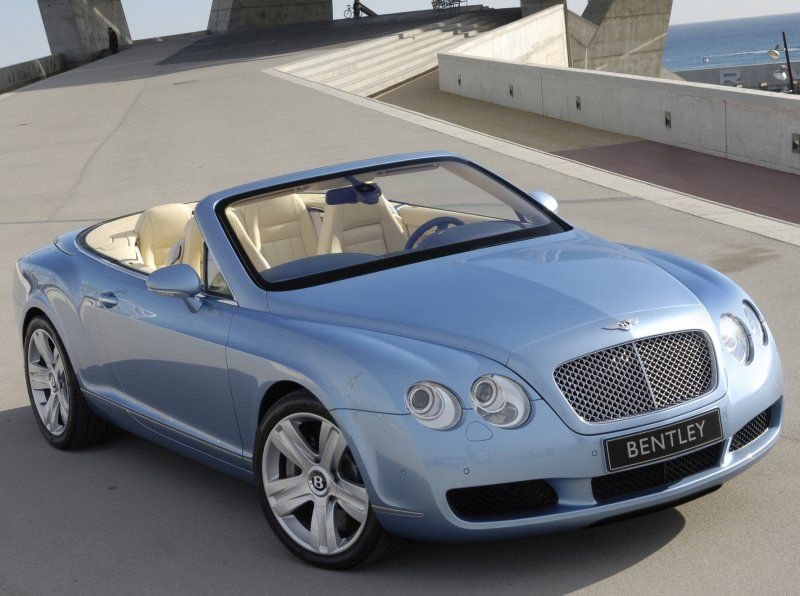 Bentley Continental GTC Crystal Blue Top Down. Oh Yeah!