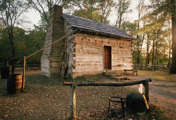 Abraham Lincolnu0027s Southern Indiana Log Cabin   Where He Spent His Formative  Years.