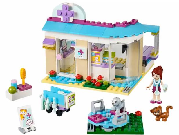 Animal Care Clinic Build Png 617 466 Pixels Lego Friends Sets Lego Friends Vet Clinics