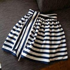 Jupe cloche, motif rayé, bleu et blanc, rayures bloc, DIY   – Nähen