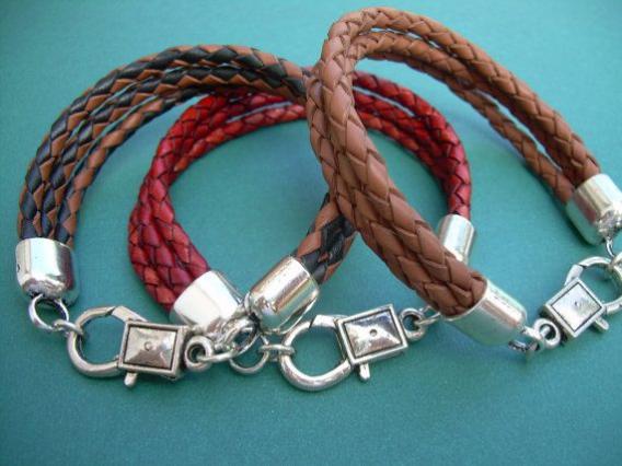 Braided Leather  Bracelet Mens Bracelet Mens by MalibuCreek $17.99 #men'sjewelry #men's #jewelry #leather