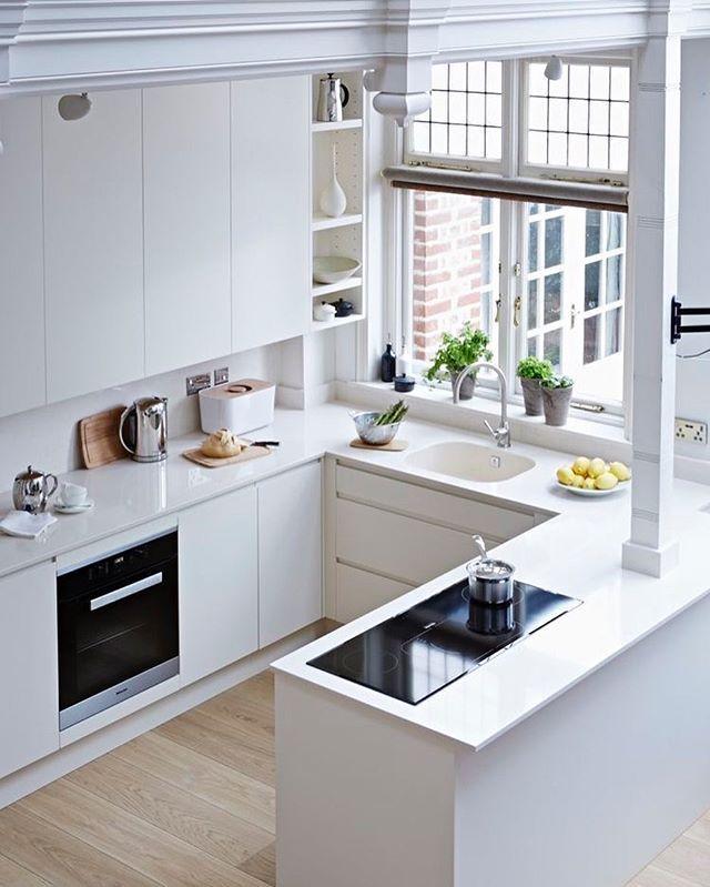 Love a white kitchen courtesy of @johnlewisretail | Eckbank ...