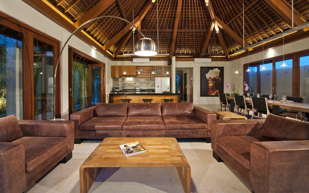 Traditional Meets Modern In Bali Bauernhaus Wohnzimmer Wohn Design Modern
