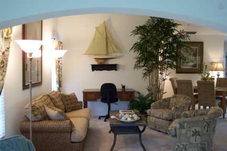 Living Room Florida condos, Vacation rental, Renting a house