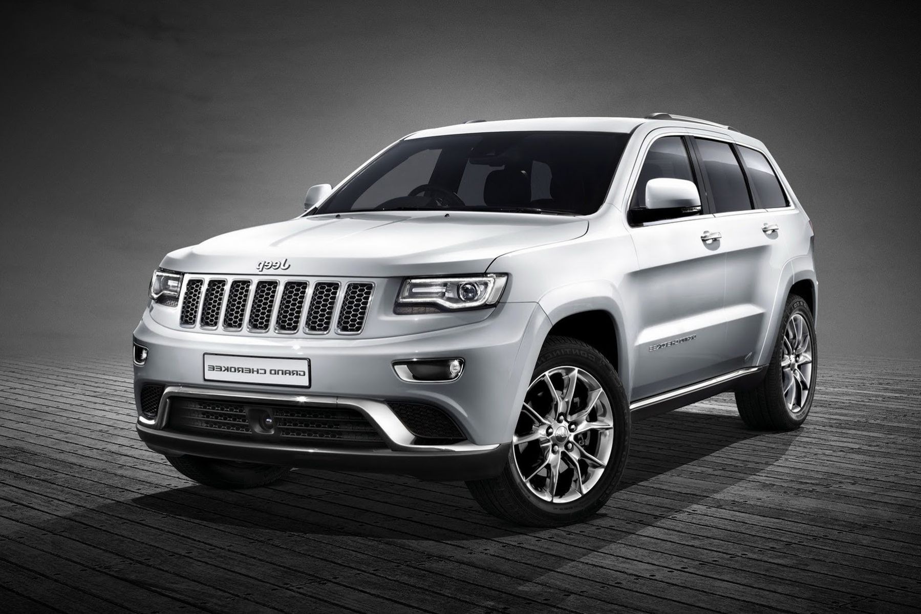 2020 Grand Cherokee Srt Review And Specs Jeep Grand Cherokee Jeep Jeep Grand Cherokee Models