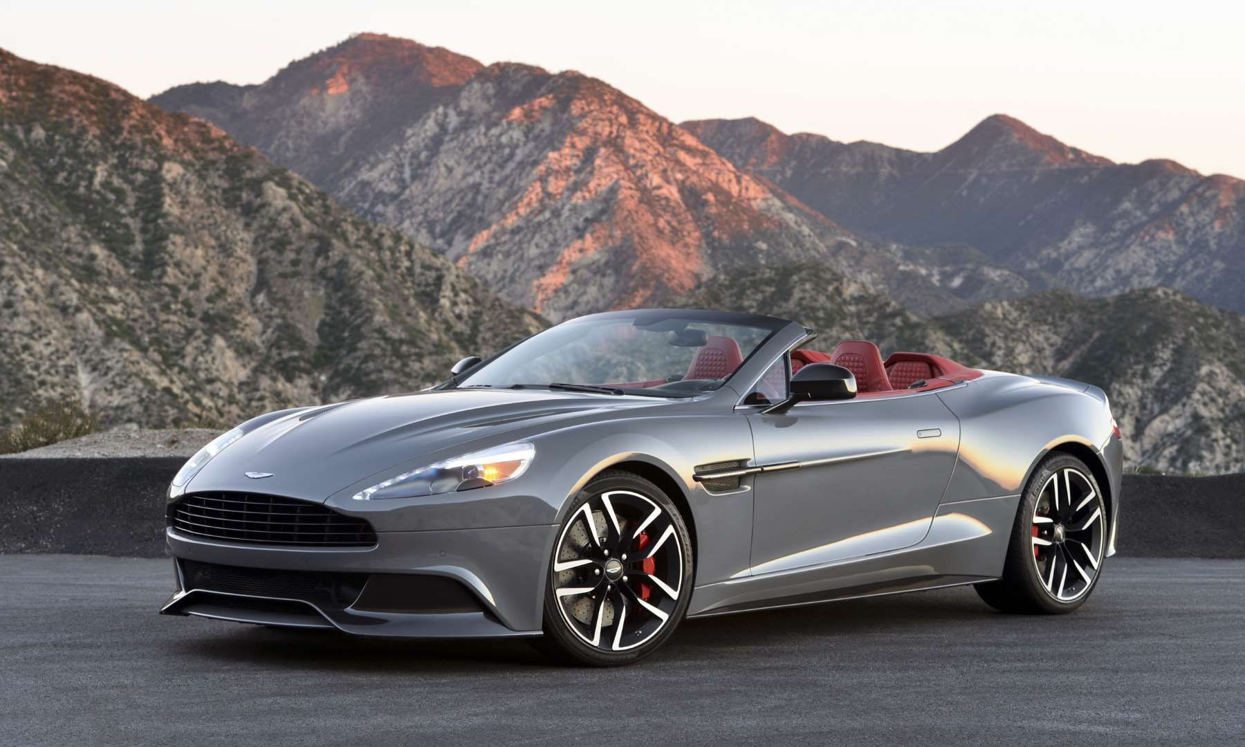 Hot Drop Tops Convertibles of the 2016 Model Year Aston