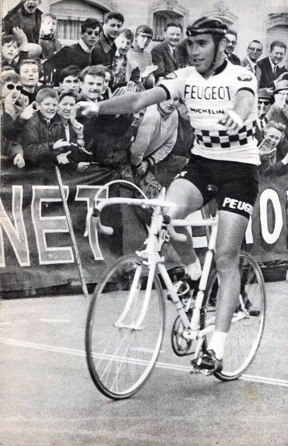 7ee39729a Eddy Merckx (1945). Peugeot 1966-1967