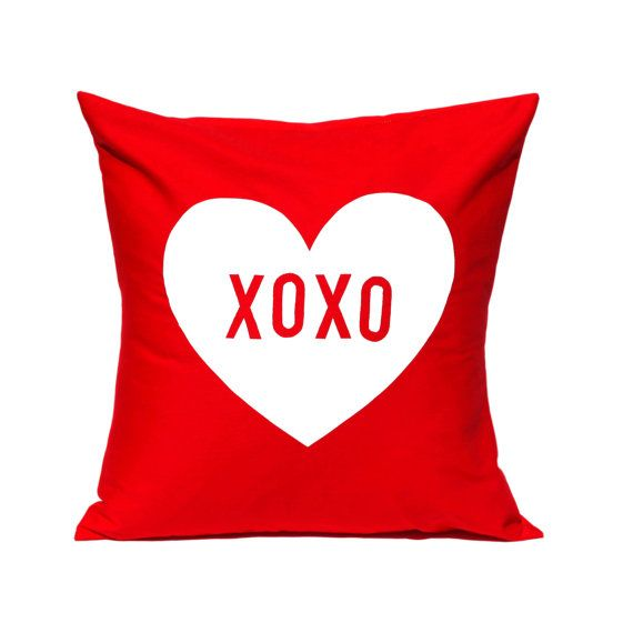 Heart XOXO Cushion - could easily be replicated using hand-cut stencil at beginners screenprint workshop
